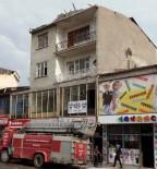 KıŞLA - Erciş'te Fırtına Çatıları Uçurdu