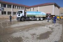 İNCİ KEFALİ - Tuşba Belediyesi'nden Eğitime Temizlik Desteği