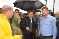 Başbakan Yardımcısı Canikli Ve İçişleri Bakanı Soylu Selden Etkilenen Giresun'un Eynesil İlçesinde İncelemelerde Bulundu