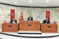 OSMAN YENIDOĞAN - Büyükşehir Belediye Meclisi Toplandı