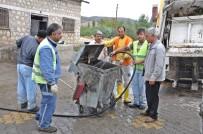 GÖLBAŞI - Gölbaşın'nda Çöp Konteynırları Yıkanıyor