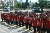 KURAN-ı KERIM - Liseli Gençler Okuldaki Törene Yakalarında 15 Temmuz Şehitlerinin İsimleriyle Katıldılar