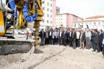 TRAFİK SORUNU - Yozgat'ta 350 Araçlık Otoparkın İnşaatı Başladı