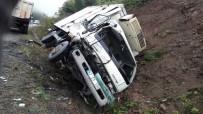 AKARYAKIT TANKERİ - Aynı Yolda Bir Haftada 4. Kez Kamyon Kazası Yaşandı