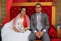 KÜMBET - Gazeteci Karhan'a Görkemli Düğün