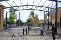 MEHMED ALI SARAOĞLU - Gediz Muhipler Kültür Salonu İle Muhipler Fatihspor Kulübü Arasına Tonoz Çatı