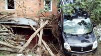 TOPRAK KAYMASI - Giresun'un Eynesil İlçesinde Selin Bilançosu Kapalı Köy Yollarının Açılması İle Yavaş Yavaş Ortaya Çıkıyor