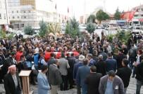 KALP KRİZİ - Halı Sahada Kalp Krizi Geçiren Kişi Hayatını Kaybetti