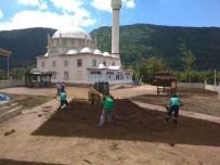 UZUNTARLA - Kartepe'de İbadethanelerin Çevre Düzenlemesi Yapılıyor