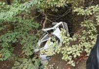 CEMAL ÖZDEMIR - Kastamonu'da Trafik Kazası Açıklaması 1 Ölü, 1 Yaralı