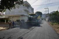 KONYAALTI BELEDİYESİ - Konyaaltı'nın Çakırlar Ve Zümrüt Mahallelerine Sıcak Asfalt