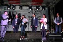 TAŞDELEN - Kuğulupark'ta 5 Kişilik Dev Orkestra