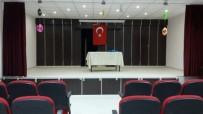 SEVINDIK - Merkezefendi'den Şehit Hasan Eser Ortaokulu'na Konferans Salonu