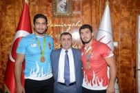 TAHA AKGÜL - Olimpiyat Şampiyonu Akgül'den, Sivas Demirspor'a Ziyaret