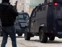 PKK - Şemdinli'de zırhlı polis aracına bombalı saldırı