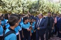 ŞEHİT POLİS - Vali Çiçek  Şehit Polislerin İsimlerinin Verildiği Okulları Ziyaret Etti