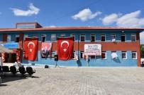 KIRTASİYE MALZEMESİ - Ferit Pervanlar İlkokulu Törenle Açıldı