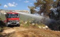 YANGIN HELİKOPTERİ - Mersin'deki Yangın Söndürüldü