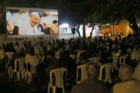 CEM YILMAZ - Yüzlerce Vatandaş Açık Havada 'İftarlık Gazoz' Filmini İzledi