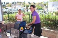 YARIŞ - Zeynep Beşerler Bebeğiyle Beraber Yarışlara Geldi