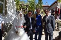 ÖZNUR ÇALIK - Akçadağ'da Siyasileri Buluşturan Düğün