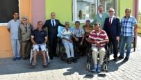REHABİLİTASYON MERKEZİ - Başkan Kayda'dan Hastalara Moral Ziyareti
