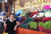 KARNABAHAR - Bilecik'te Özlenen Kış Sebzeleri Tezgahtaki Yerini Aldı
