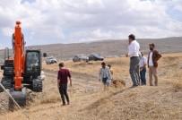 KANALİZASYON ÇALIŞMASI - Elmakaya Beldesinde Kanalizasyon Çalışması