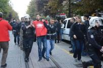 YUNUS EMRE - Eskişehir'de İzinsiz Protesto Gösterisi Açıklaması 20 Gözaltı