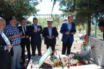 ADıYAMAN ÜNIVERSITESI - Şehit Çelebi Öztekin Şehadetinin 20. Yılında Mezarı Başında Anıldı
