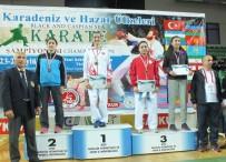 KARATE - Büyükşehirli Karateciler Madalyalarını Talha İçin Kazandı