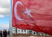 TAŞDELEN - Çankaya'nın Tepesine Dev Türk Bayrağı