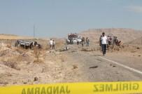 Derik'te Minibüsün Geçişi Sırasında Patlama Açıklaması 3 Şehit, 7 Yaralı