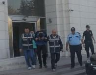 SAHTE KİMLİK - Firari Gaspçı Akhisar'da Yakalandı