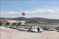 CÜZDAN - Hırsızlar Cezaevindeki Araçlardan Binlerce Lira Vurgun Yaptı