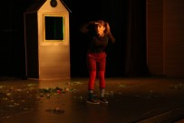 CEMIL AYDıN - Maltepe'de Perdeler 'Aşk Listesi' İle Açıldı