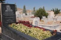 NEŞET ERTAŞ - Neşet Ertaş mezarı başında anıldı