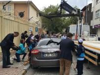 KARAKURT - Okul Önlerindeki Trafik Sorununa Minik Zabıtalar Müdahale Ediyor