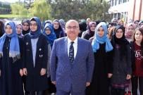 OKUL MÜDÜRÜ - Şehit Erol Olçok Kız Anadolu İmam Lisesinde İlk Bayrak Töreni Yapıldı
