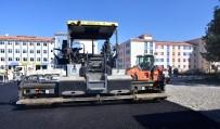 SELAHATTIN GÜRKAN - Battalgazi Belediyesi Tarafından 6 Okulun Yolu Asfaltlandı