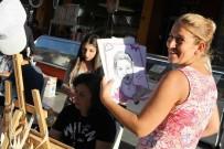 KARABAĞ - Bayraklı'da Portre Karikatür Şenliği