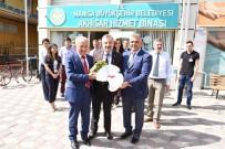 SOSYAL SORUMLULUK - Büyükşehir Ve MASKİ'den Akhisar'a Ziyaret