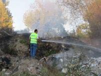 ALTıNOLUK - Çöplük Haline Getirilen Alanda Yangın