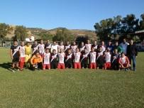 KARŞIYAKA - Foça'da Dostluk İçin Dört Dörtlük Maç
