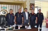 MEHMET KALE - İtfaiyecilerden Belediye Başkanı Mehmet Kale'ye Ziyaret