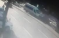 DİREKSİYON - Şoförünün Uyuduğu Öğrenci Servisi Böyle Kaza Yaptı
