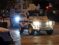 SES BOMBASI - Polise hain saldırı