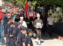 CENAZE ARABASI - Adanalı Şehide Son Bakış