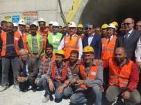 ADNAN MENDERES - Bakan Arslan, İzmir'le Manisa'yı Yakınlaştıracak Tünel İçin Tarih Verdi