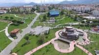 ONARIM ÇALIŞMASI - Başiskele'de Parkların Bakım Ve Onarım Çalışmaları Sürüyor